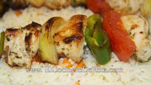 Brocheta-de-pollo-marinado